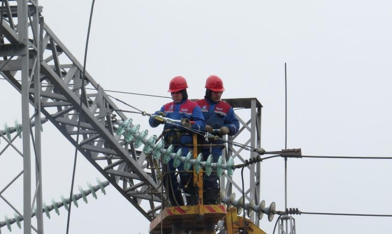 За девять месяцев 2020 года в Челябинской, Свердловской областях и Пермском крае энергетики зафик