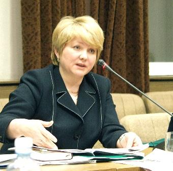 Елена Павловна является членом ЦИК РФ с 1999 года, последний раз ее полномочия продлевались в 200