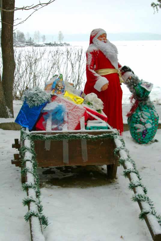 Программа праздника рассчитана на период с 22 декабря по 15 января. К началу новогодних гуляний в