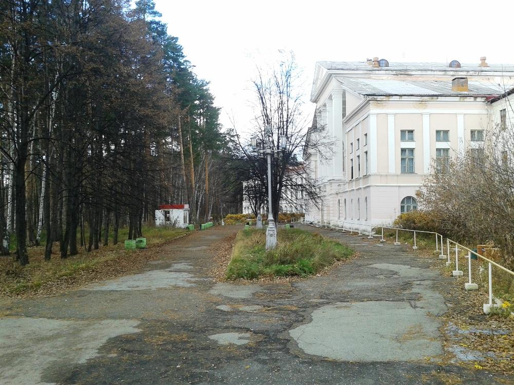 Как рассказал агентству «Урал-пресс-информ» представитель жителей, на территории бывшего санатори
