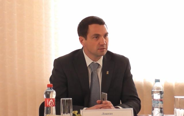 Председатель Контрольно-счетной палаты Челябинской области Алексей Лошкин выслушал порядка 60 чел