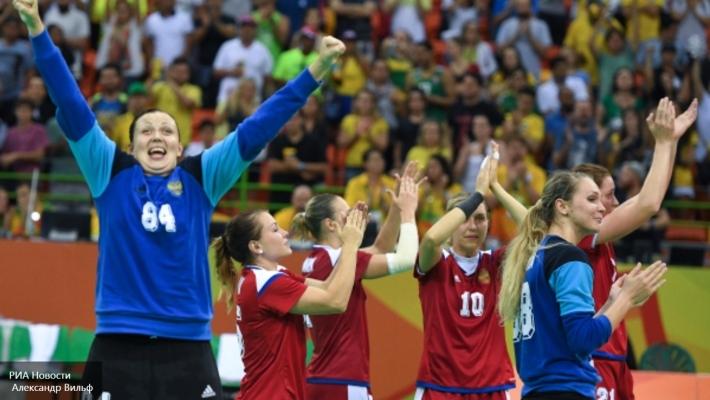 Изначально Татьяна Ерохина была вызвана в сборную запасным игроком. Но по ходу пришлось вливаться