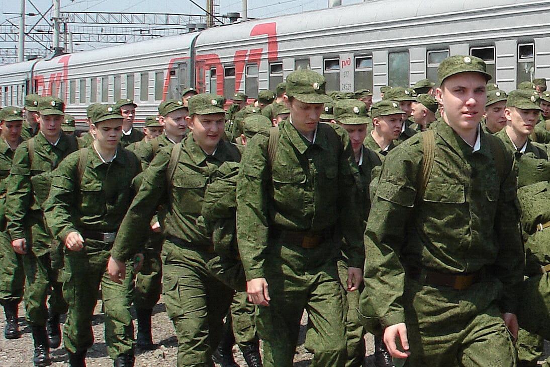 Челябинская область завтра, 25-го апреля, отправит в армию первую в весенней призывной кампании 2