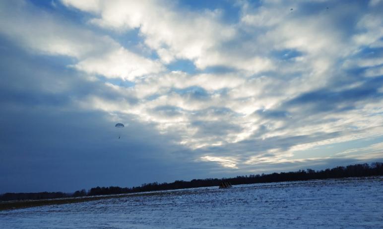 Очередной уверенный шаг вперед - шаг в небо - совершили в минувшую пятницу, 18-го декабря