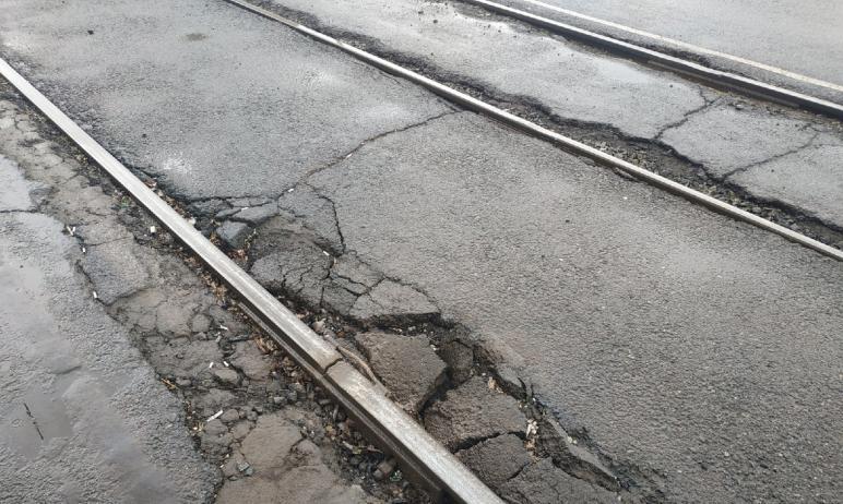 Работы по второму контракту на ремонт трамвайных путей в Челябинске начнутся на этой неделе.