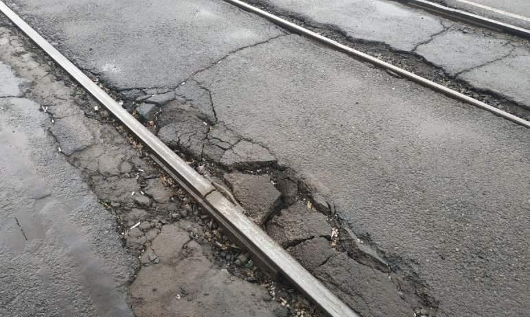 В Челябинске сегодня, шестого августа, подрядчик приступит к третьему этапу ремонта трамвайных пу