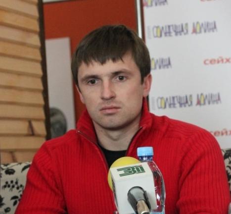 Уже почти девять месяцев администрацией Миасса руководит временный глава Евгений Степовик. Он был