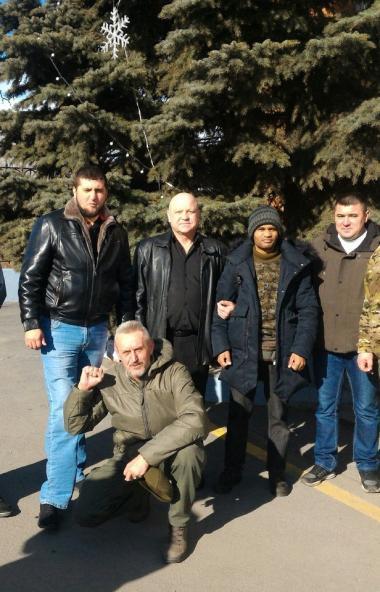 В Челябинске в субботу, 14-го марта, наградили ополченцев Донбасса. Медали «За оборону Донецка» з