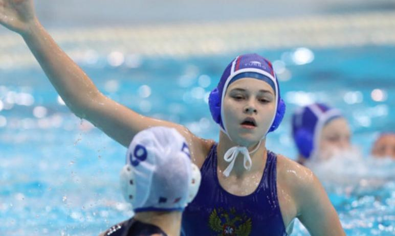 В Венгрии проходит первенство Европы по водному поло среди девушек до 15 лет. В составе сборной Р