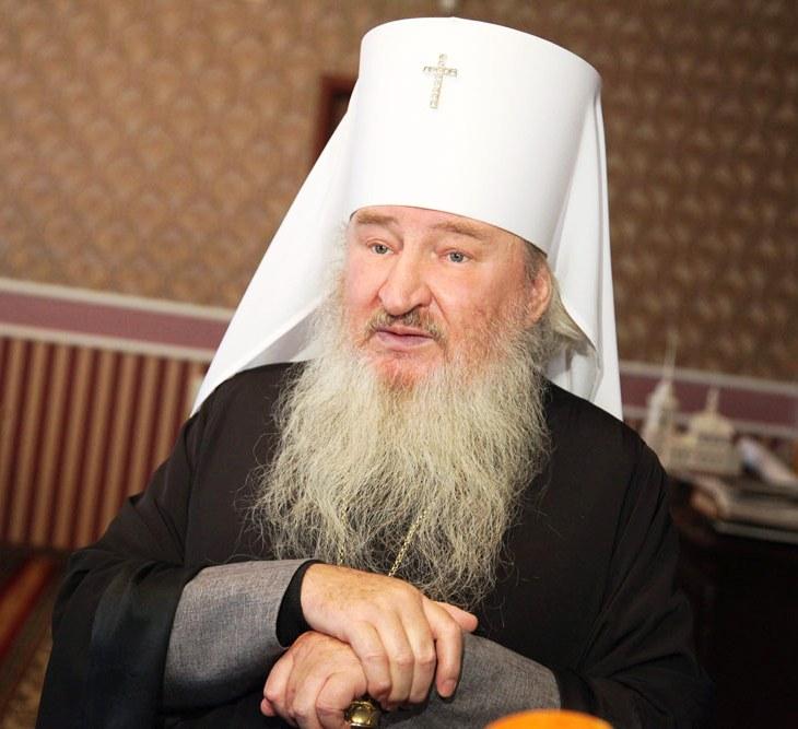 18 сентября 2013 года митрополит Челябинский и Златоустовский Феофан освятил закладной камень каф