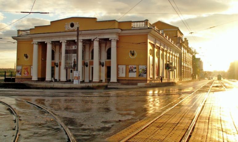 В четверг, первого апреля, в Челябинской филармонии пройдет концерт, на котором презентуют абонем