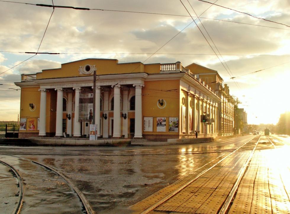 На первом концерте цикла в исполнении музыкантов Челябинского концертного объединения прозвучали