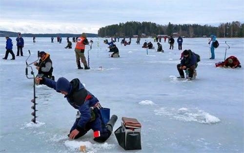 В турнире примут участие юноши и девушки до 17-ти лет. На озеро съедутся более 40 юных спортсмено