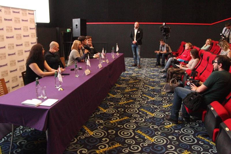 На пресс-конференции, прошедшей перед премьерной трансляцией в Челябинске, продюсер проекта Эльми