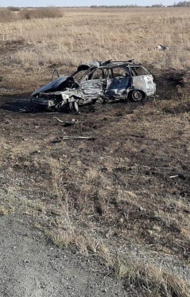 В Красноармейском районе (Челябинская область) произошло ДТП, в котором погибли два человека. Они