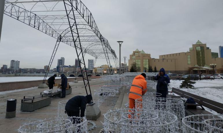 На набережной Миасса в Челябинске завтра, 26-го декабря, ожидается запуск празднично оформленной