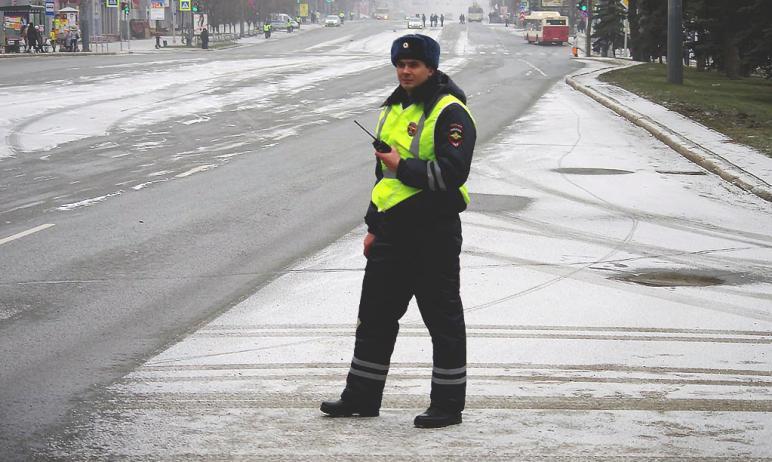Завтра, второго февраля, в Челябинской области ожидается снегопад. На автодорогах будут снежные з