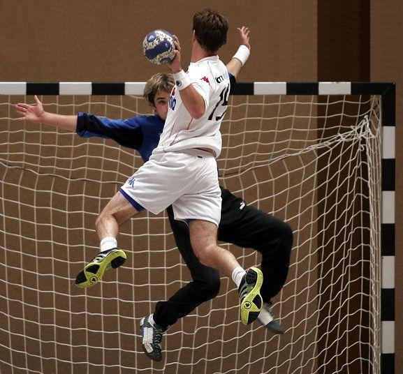 Как сообщает издание «Спорт Урала», очередная игра в рамках мужского чемпионата России по гандбол