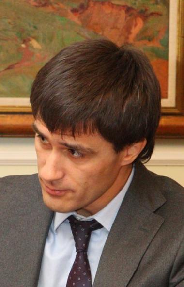 Бывший вице-губернатор Челябинской области Руслан Гаттаров направил иск в суд на эк-главу Челябин
