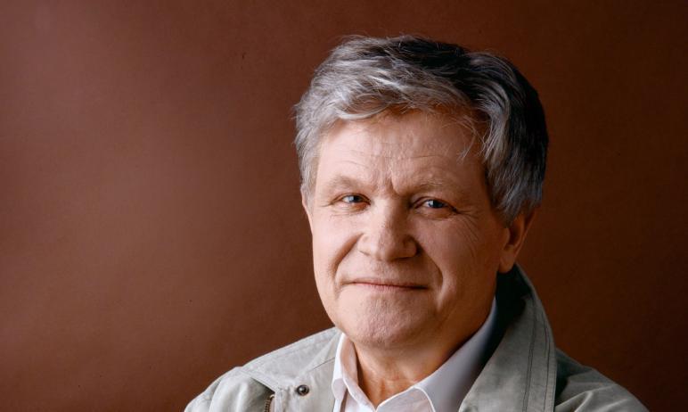 Сегодня, 19 ноября, на 83-м году жизни скончался доктор исторических наук, профессор Челябинского