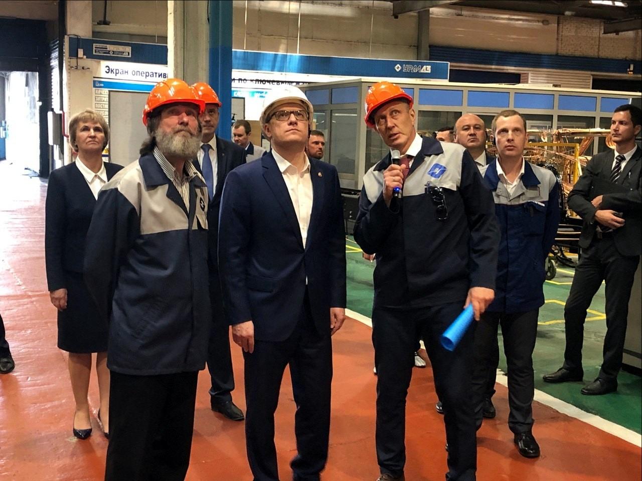 Глава Челябинской области Алексей Текслер сегодня, десятого июня, начал работу н