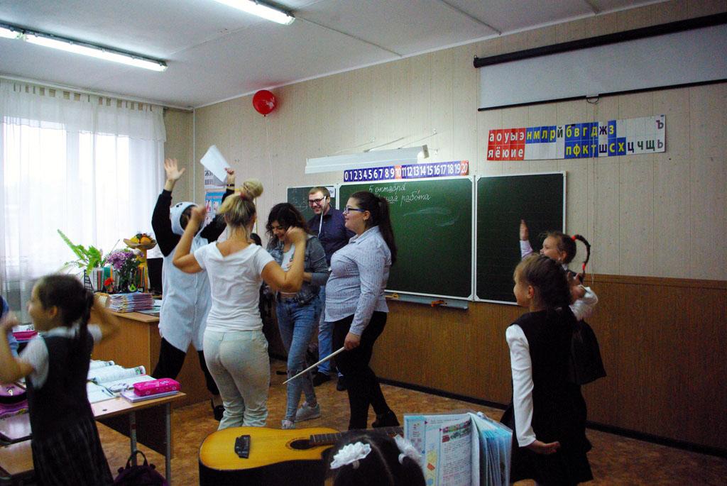 Перемена мест слагаемых: в Челябинске школьники провели уроки вместо учителей. Педагоги вспомнили