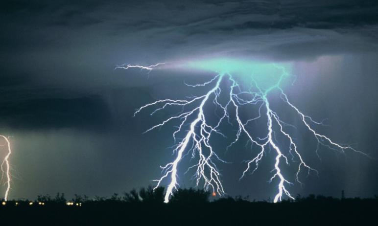 В четверг, 17 июня, в Челябинской области ожидается сильная жара и порывистый ветер на фоне пониж