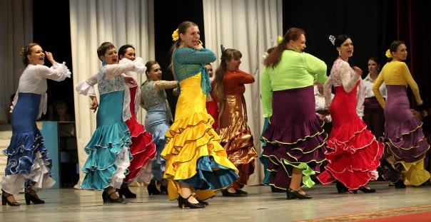 На «Карнавал ритмов» съехались самые яркие танцоры и коллективы из семи городов: Челябинска, Озёр
