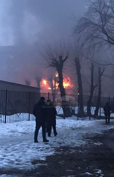 Основной версией произошедшего инцидента в жилом доме Магнитогорска вечером 26 марта пока называю