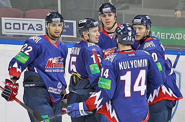 Как сообщает пресс-служба «Металлурга», героями матча стали нападающие Энвер Лисин и Евгений Малк