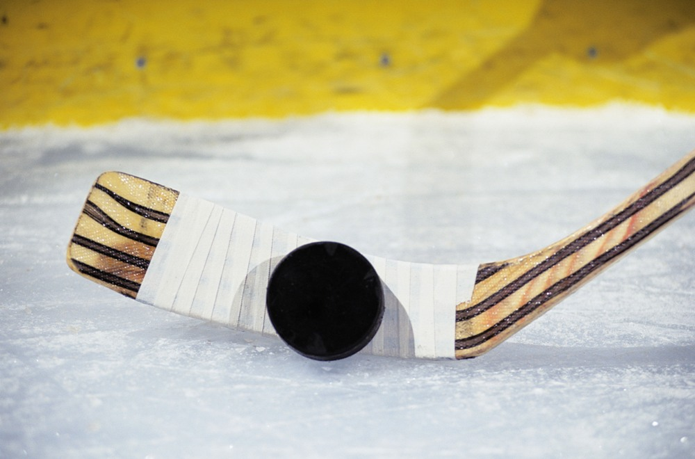 Одержав пятую подряд победу на финише чемпионата КХЛ над омским «Авангардом» 3:1, за два тура д