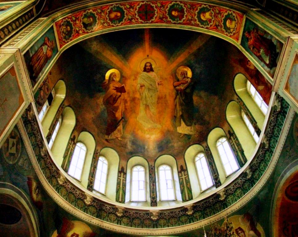 В первый день поста, в праздник Происхождения (изнесения) честных древ Животворящего Креста Госпо