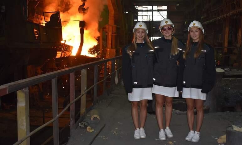 На Златоустовском металлургическом заводе (Челябинская область) состоялось чествование ватерполис