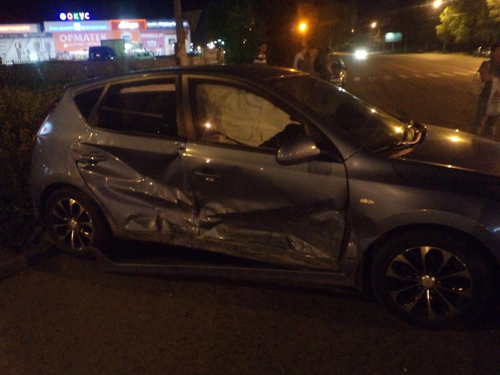 «Водитель автомобиля «Хундай» при повороте налево совершил столкновение с движущимся во встре