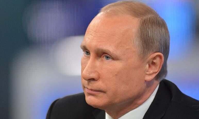 Президент России Владимир Путин поручил нарастить темпы тестирования от коронавирусной инфекции C