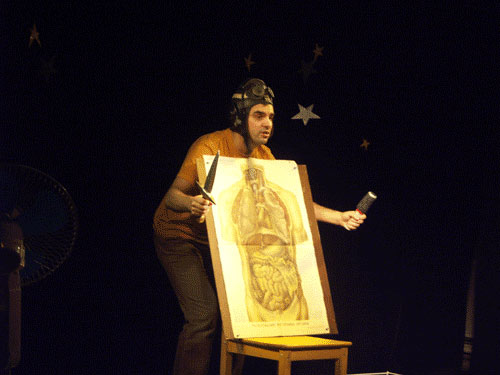 10 марта он представит озерским театралам моноспектакль «Я, Гришковец и другие». Моноспе