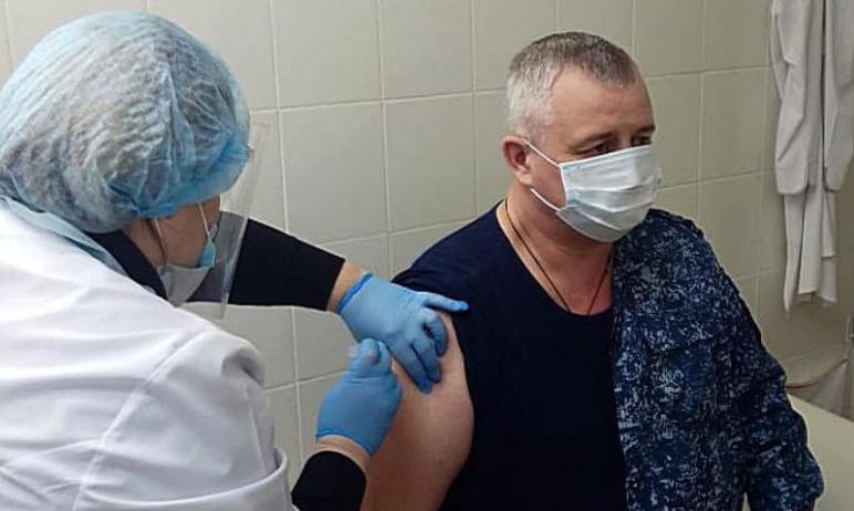 Сотрудники ГУФСИН России по Челябинской области активно вакцинируются от новой короновирусной инф