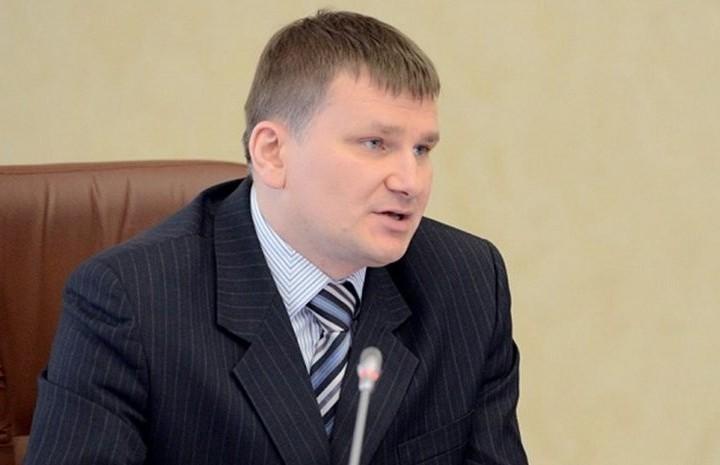 Дмитрий Федечкин покидает пост заместителя руководителя аппарата губернатора и правительства Челя