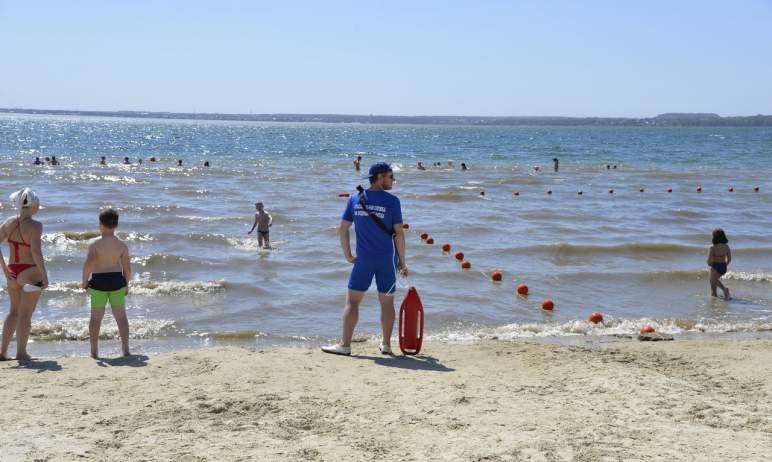В Челябинске вытащили из воды восемь тонущих людей. В их числе не только взрослые, но и дети.