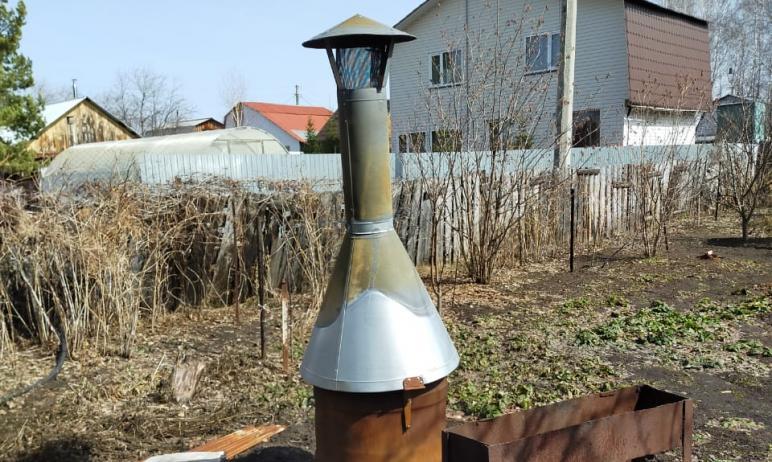 Директор челябинской компании «Овсей» Константин Леонов изобрел чудо-печку для сжигания садового