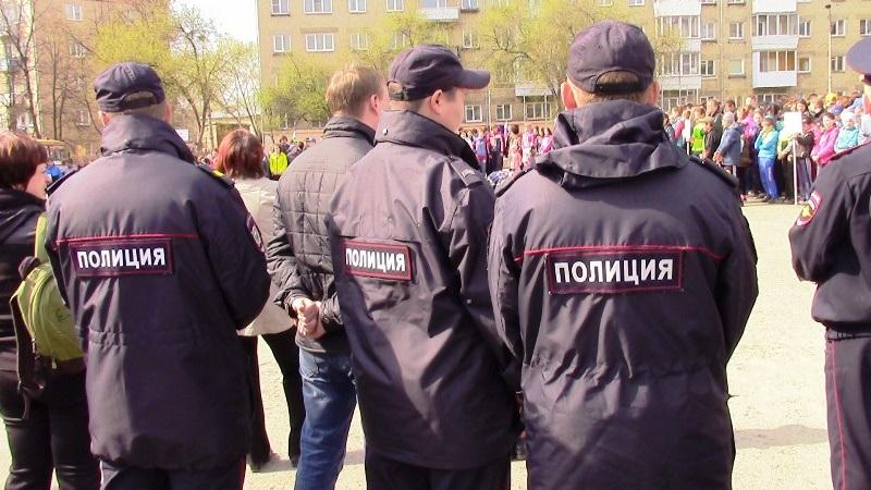 В Челябинске полицейские задержали на рынке в Курчатовском районе (по Свердловскому проспекту) ин