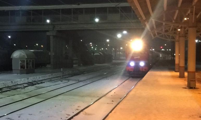 Маршрут фирменного поезда №16/15 Москва-Екатеринбург продлили до Челябинска.  Как сообща