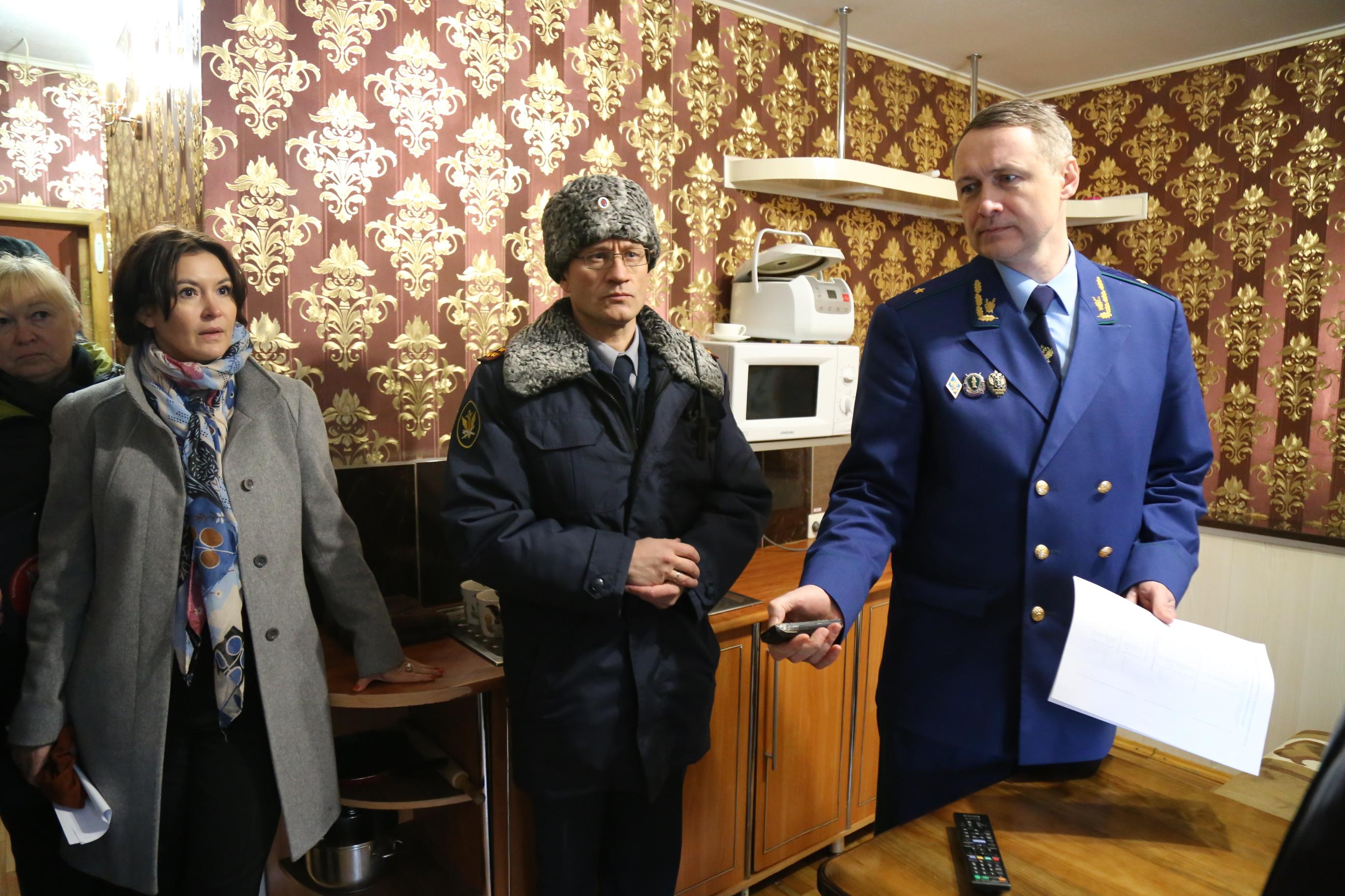 Прокурор Челябинской области Виталий Лопин проверил условия содержания осужденных лиц в исправите
