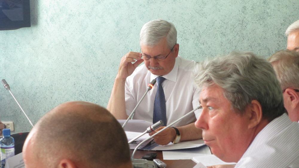 Как сообщил сегодня на IXзаседании комитета по бюджету председатель Законодательного Собрания Че