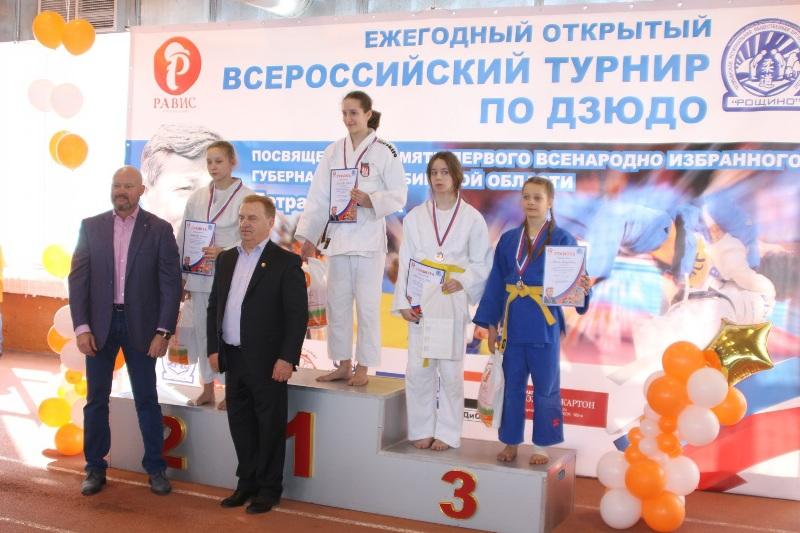 Дзюдоисты из Челябинской области в острой конкуренции с очень сильными и умелыми соперниками добы