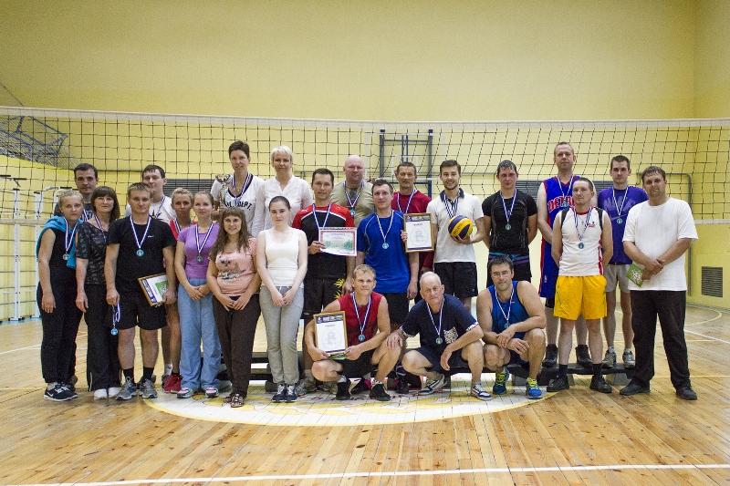 В соревнованиях приняли участие четыре команды: аппарата управления, СП «Водосбыт», службы главно