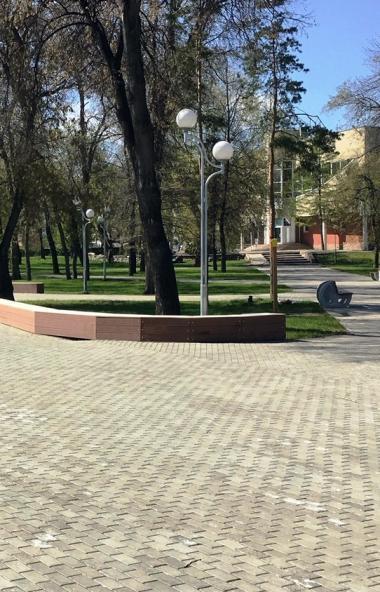 Одно из знаковых общественных пространств Челябинска - Алое поле - в результате масштабного благо