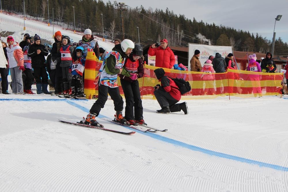 Соревнования состоялись благодаря работе федеральной программы «Лыжи мечты», по которой 320 детей