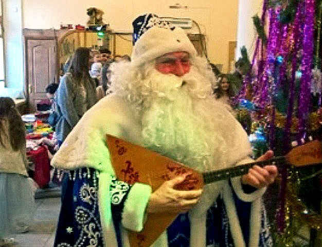 Сегодня, 25 декабря, Челябинский областной фестиваль новогодних спектаклей «Морозко» с утра объя