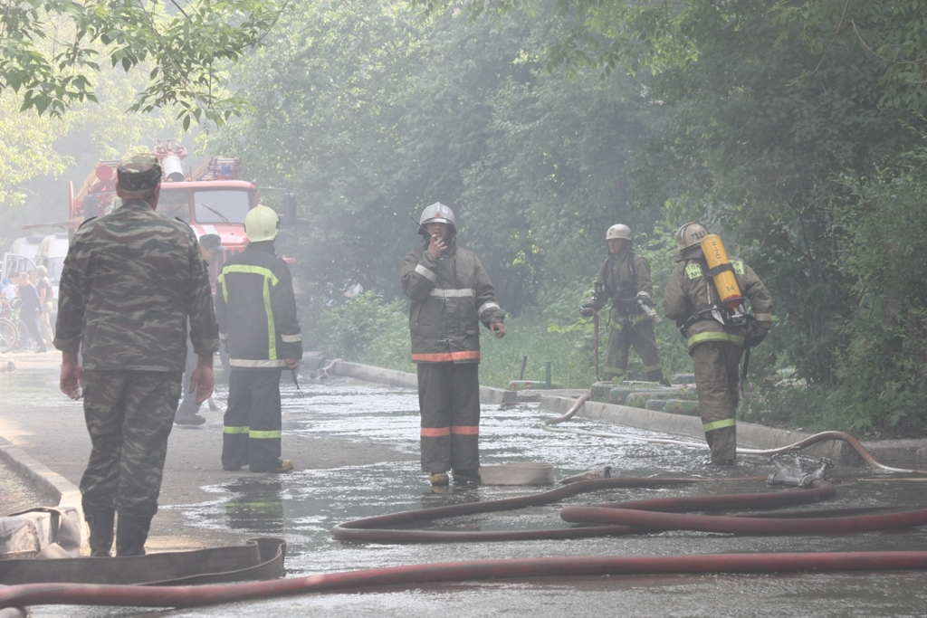 О контроле пожарной безопасности на складах рассказал представитель Уральского управления Ростехн